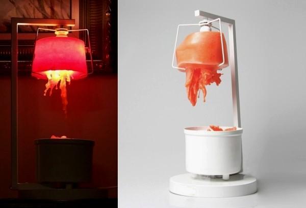 Самовозрождающаяся лампа Revitalizer с абажуром из воска