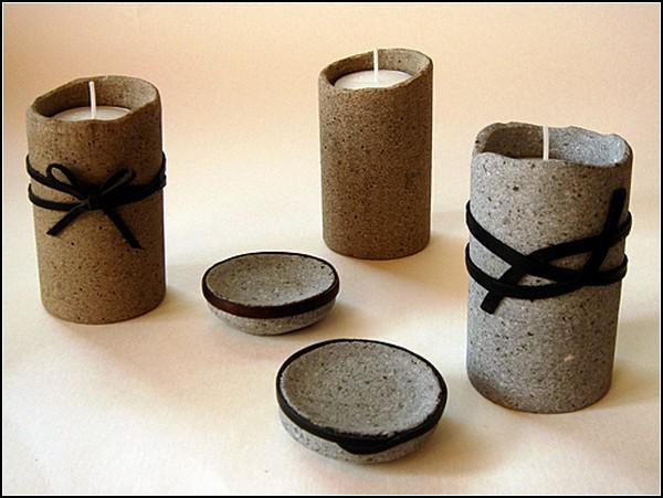 Каменные подсвечники и декоративные блюдца