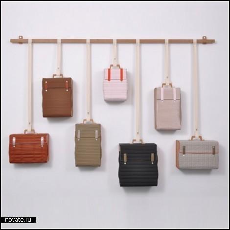 Конечно, здесь могли бы быть другие чемоданы, - отслужившие свой срок и непригодные для ношения багажа.