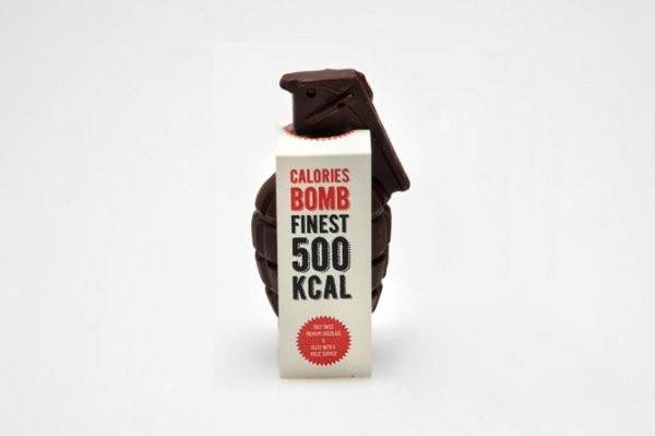 Бомба из настоящего шоколада от Raphael Volkmer