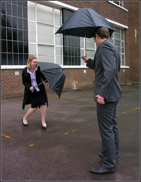 Зонт-водяной пистолет