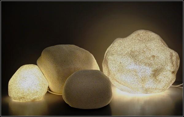 Светящиеся камни из Италии