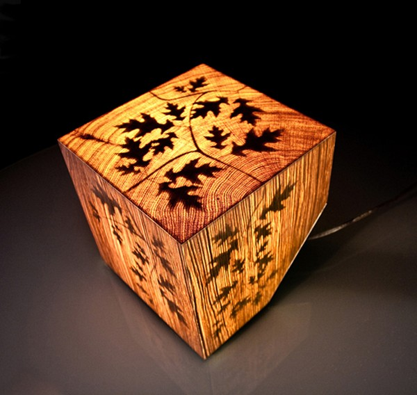 Деревянная Cub Lamp от Джулиана Робина (Julian Robin)