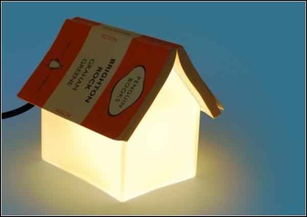 «Книжный домик» - приятная мелочь для удобства чтения