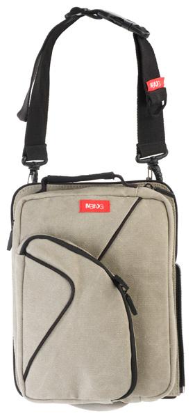 переднюю часть сумки можно отстегнуть и носить отдельно