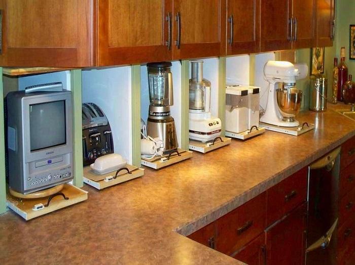 Не вся техника нужна на кухне. / Фото: In.pinterest.com