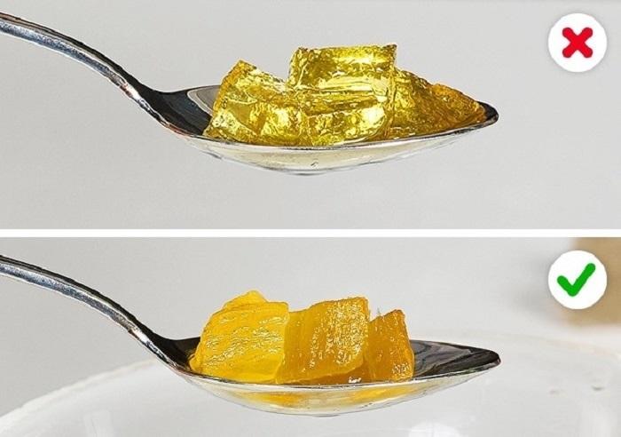 Цукаты из желатина превращаются в желе. / Фото: fb.ru