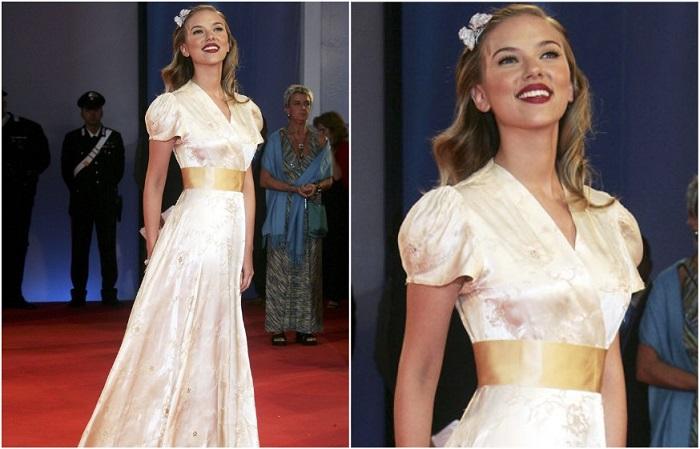 Скарлетт Йоханссон в винтажном платье в стиле 40-х годов
