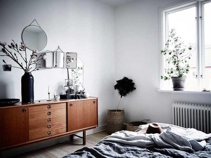Отреставрированная тумба отлично впишется в скандинавский интерьер. / Фото: pinterest.ru
