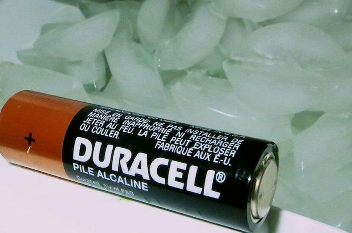 Низкая температура уменьшает срок работы батареек. / Фото: nadoremont.com