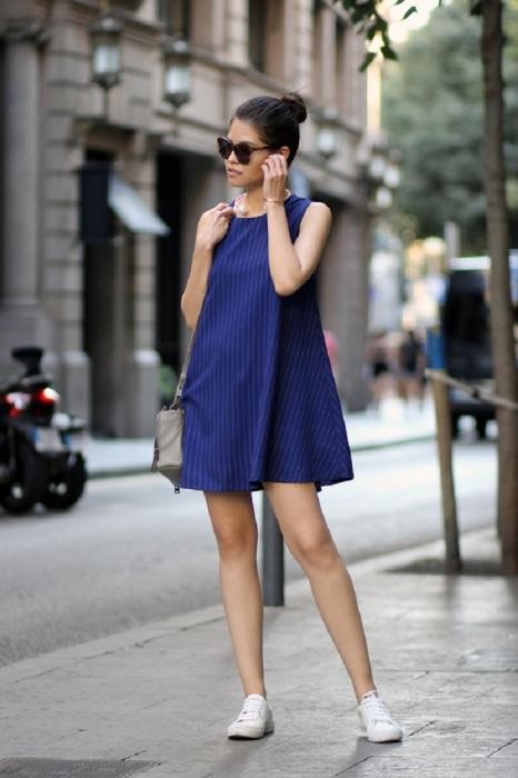 Платье-трапеция является универсальным. / Фото: Krasotka.cc