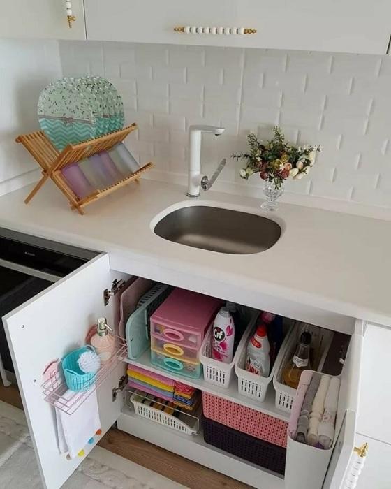 Важно соблюдать порядок во всех шкафах. / Фото: Pinterest.pt