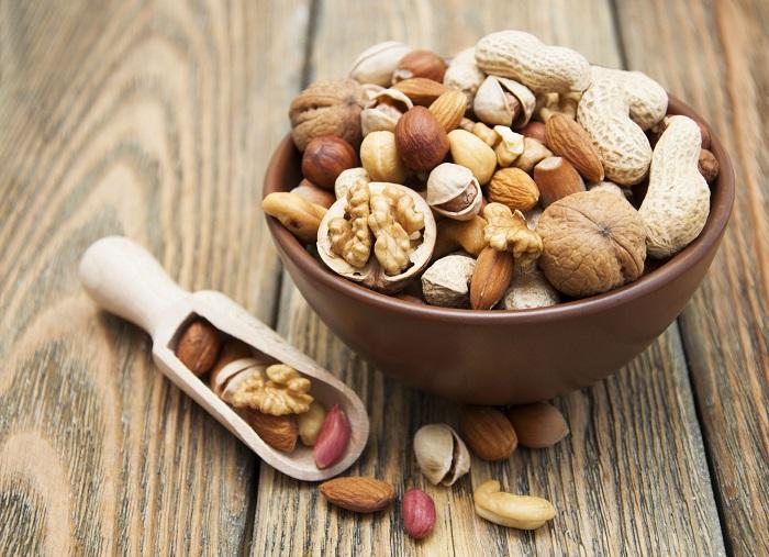 Орехи - высококалорийный продукт. / Фото: Goodfon.ru