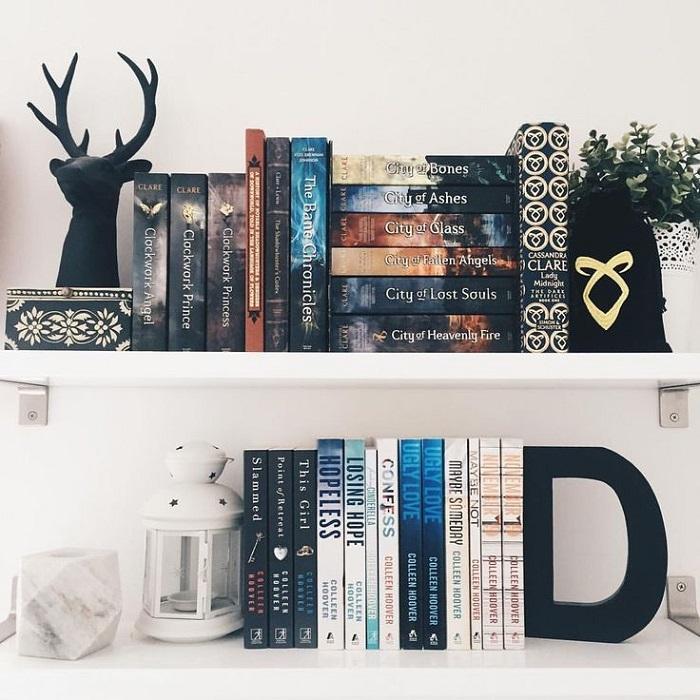 В качестве сувениров можно привозить книги в красивых обложках. / Фото: pinterest.ru