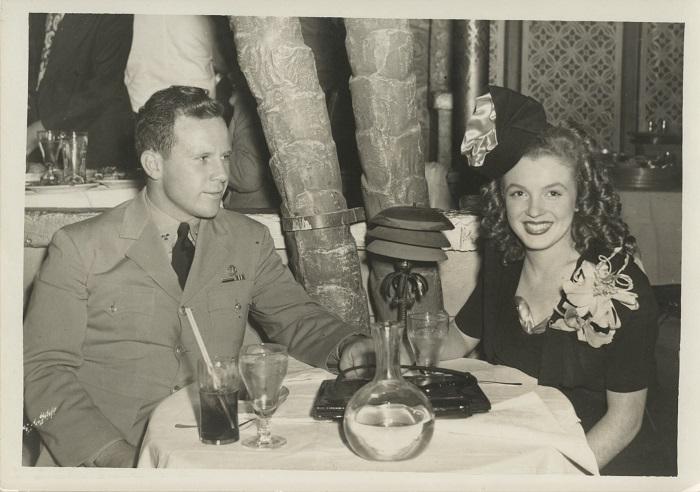 Норма с первым супругом. / Фото: pinterest.co.uk