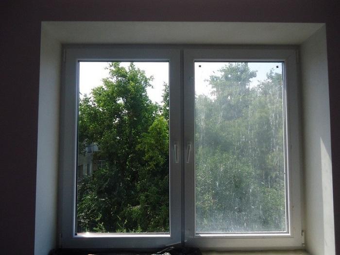 Немытые окна - признак тоски и одиночества. / Фото: Vodakanazer.ru