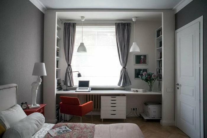 Солнечные лучи могут привести к выгоранию мебели. / Фото: dizainexpert.ru