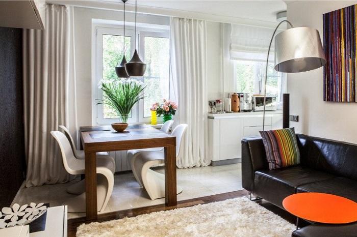 Обеденная группа может располагаться в гостиной. / Фото: Dizainexpert.ru