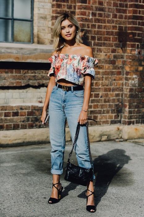 Топы отлично смотрятся с брюками и джинсами с завышенной талией. / Фото: ladyline.me