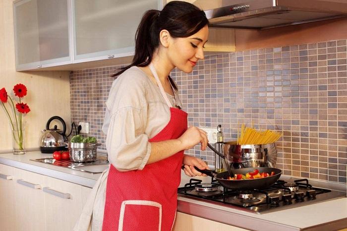 Большинство блюд не требуют постоянного помешивания. / Фото: goodfon.ru