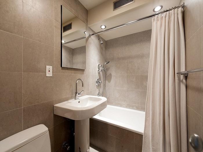 Для начала оформите ванную в одном цвете. / Фото: septik.guru