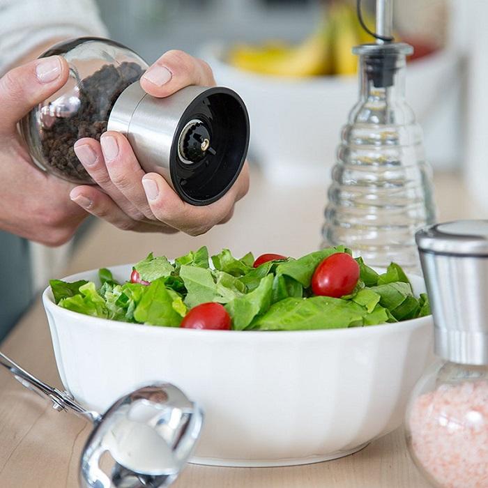 Используйте мельницу для измельчения перца. / Фото: sotymarket.ru