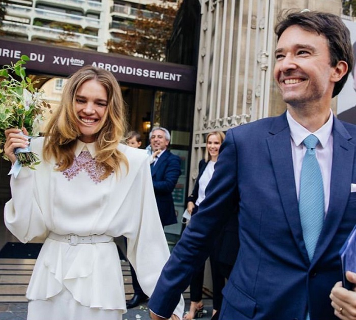 Наталья и Антуан сыграли свадьбу в Париже. / Фото: 7sisters.ru