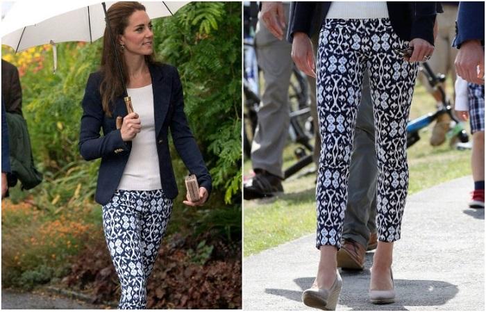 Кейт в брюках с принтом в Корнуолле.