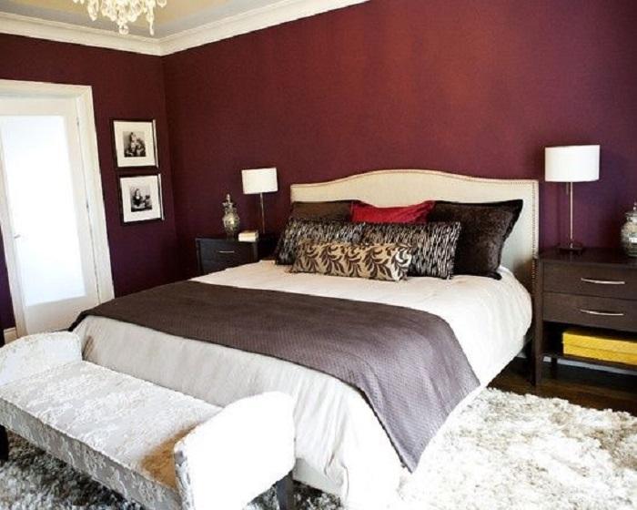 Бордовые стены смотрятся стильно. / Фото:Pinterest.ru