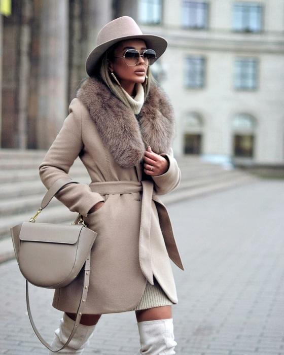 Зимнее пальто всегда в тренде. / Фото: elle.ru