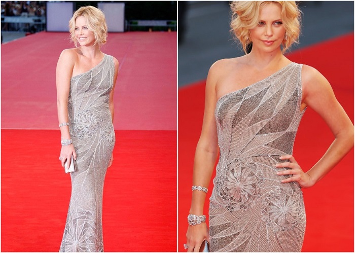 Шарлиз Терон в блестящем платье от Versace