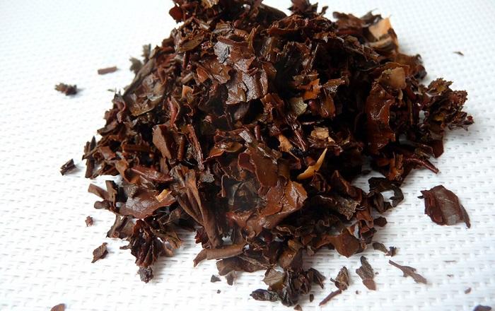 Из-за чайной заварки унитаз может пожелтеть. / Фото: kto-chto-gde.ru