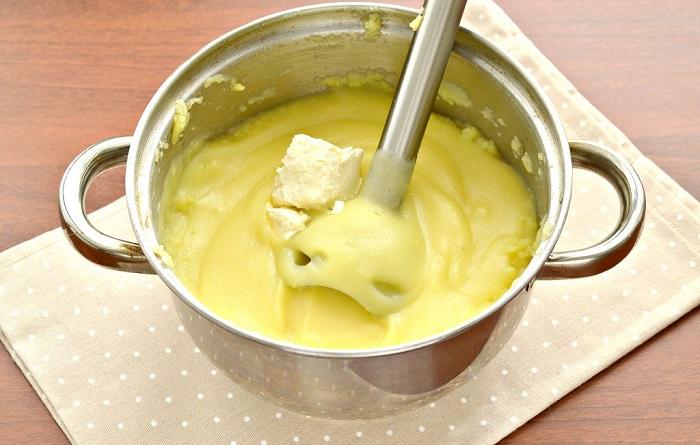 Блендер превращает картофель в клейстер. / Фото: photorecept.ru