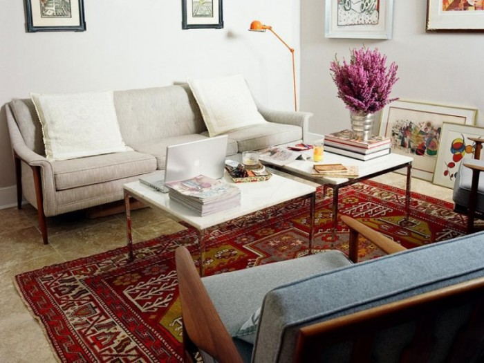 Пылесосить ковер нужно часто, а вот стирать можно раз в год. / Фото: livejournal.com
