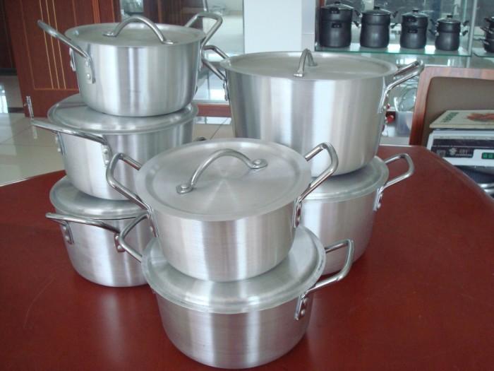 Посуда из меди и алюминия перестанет блестеть. / Фото: posuda-gid.ru