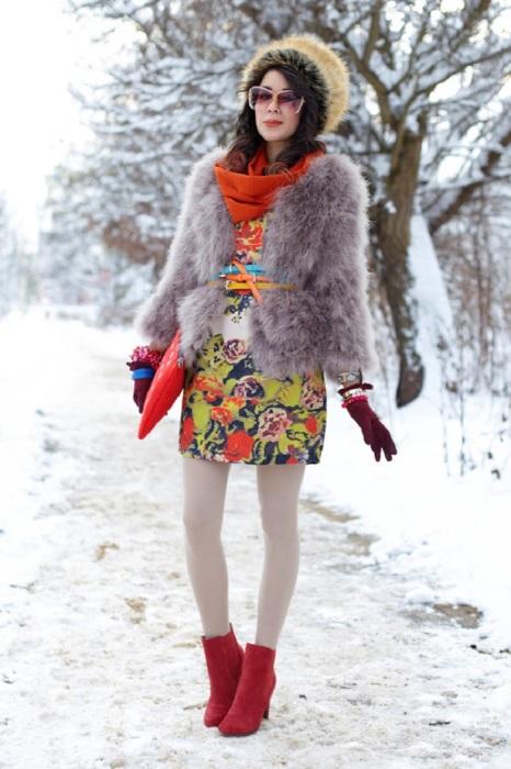 Перебор с яркими цветами портит образ. / Фото: Za.pinterest.com