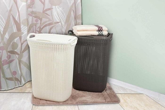 Выбирайте корзины разных цветов, чтобы не запутаться. / Фото: dizainexpert.ru