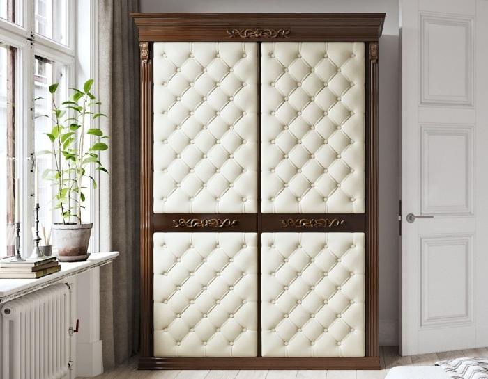 Сделайте на дверцах шкафа мягкую обивку. / Фото: static.tildacdn.com