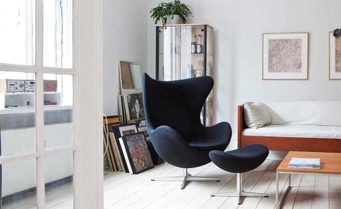 Дизайнерское кресло от  Арне Якобсена. / Фото: livemaster.ru