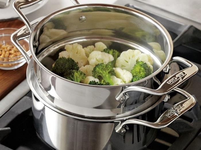 Макаронный отвар можно использовать для приготовления овощей на пару. / Фото: vannadecor.ru