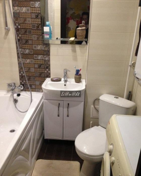 В ванной должно оставаться место для маневров. / Фото: dizajngid.ru