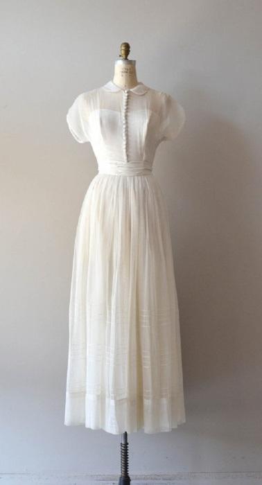 Свадебное платье с рукавами-фонариками. / Фото: pinterest.ru