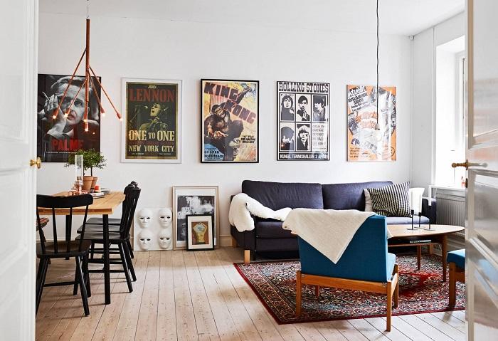 Выставка из картин и постеров. / Фото: design-homes.ru
