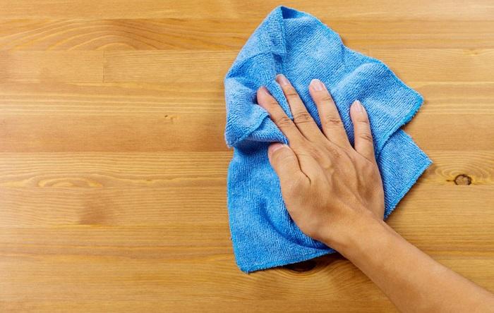Не используйте для устранения пятен на поверхностях полотенца. / Фото: 1m-idea.ru