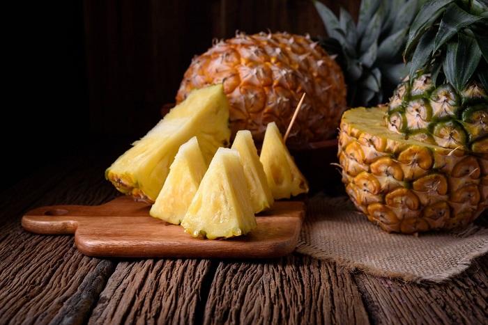 В состав ананаса входит фермент бромелаин. / Фото: privately.ru