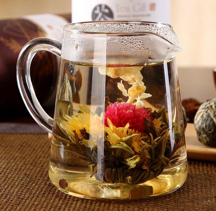 Цветущий чай очень вкусный и ароматный. / Фото: Chai-ufa.nethouse.ru