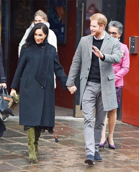 Меган Маркл с супругом принцем Гарри. / Фото: Elle.ru
