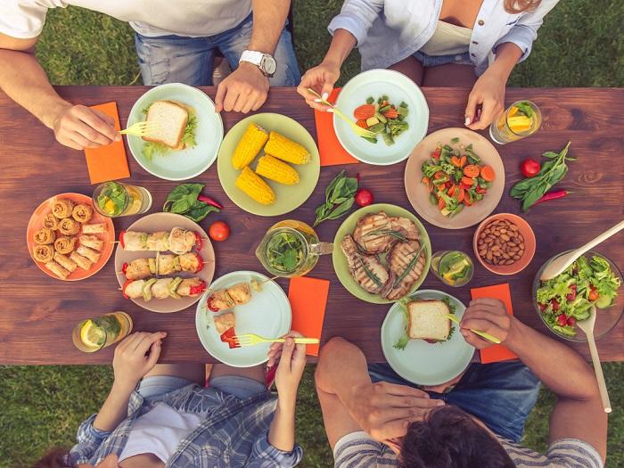 Ешьте простые блюда, которые не нуждаются в длительной готовке. / Фото: Fashionst.ru