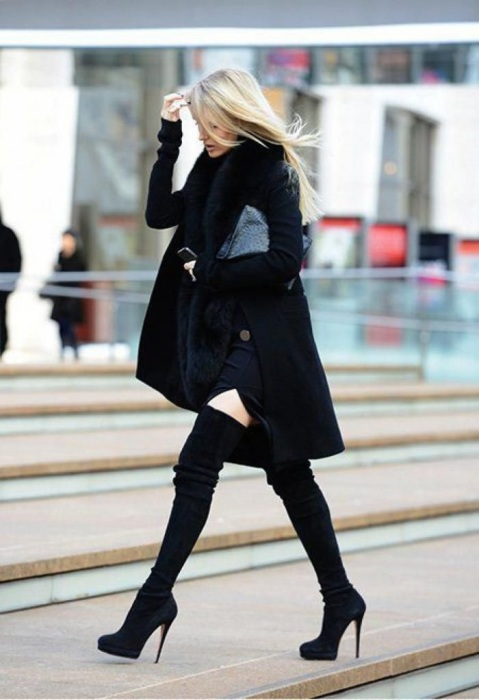 Обувь на шпильке очень травмоопасная. / Фото: Missbagira.ru