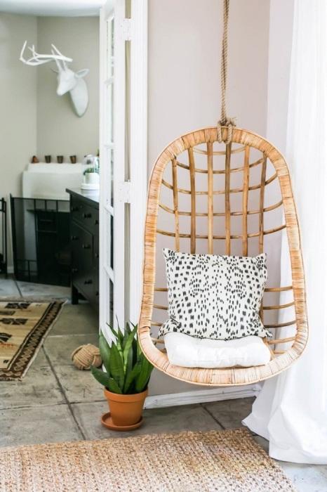 Подвесное кресло станет отличным местом для релакса. / Фото: Modernplace.ru